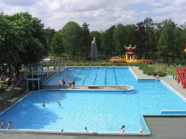 Zwembad putten zwembaden veluwe profiteren volop van warme en