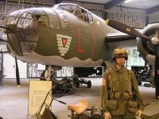 Oorlogsmuseum Overloon foto 1