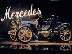 Mercedes-Benz Museum foto 1